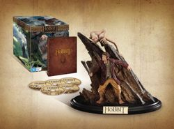 The Hobbit: An Unexpected Journey (3D Blu-ray/Blu-ray/UltraViolet) (5 Disc Extended Edition with Gollum and Bilbo Statue)